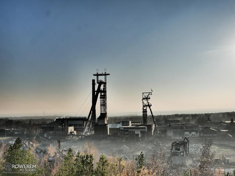 Widok na kopalnie z hałdy Kostuchna