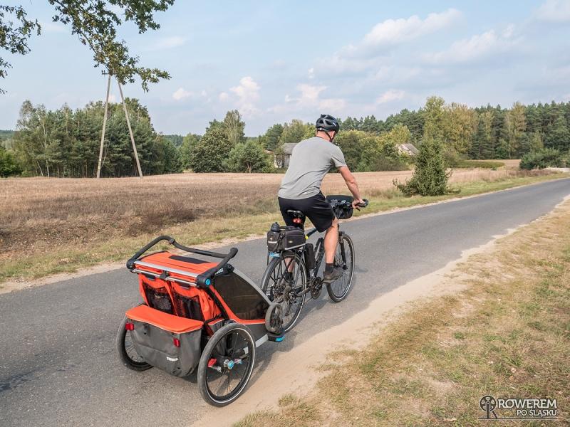 Rowerem z dzieckiem - przepisy sprzęt i miejsca