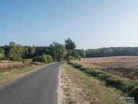 Początkowy asfaltowy odcinej ze Starej Wsi do Załęcza Małego
