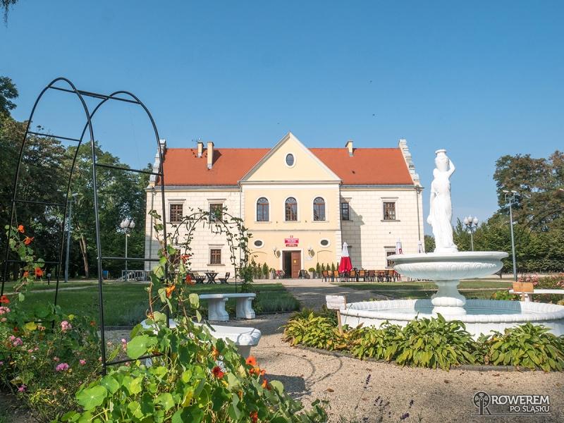 Pałac Męcińskich w Działoszynie