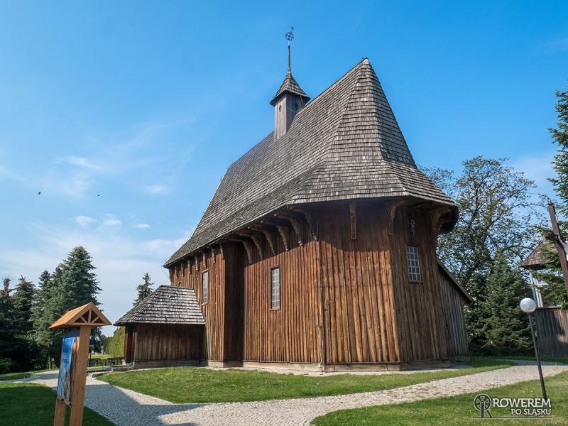 Drewiany kościół w Łaszewie