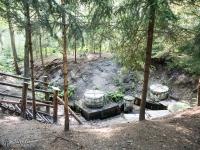 Źródełko wody pitnej w Szczejkowicach