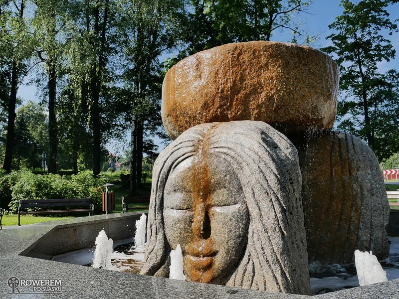 Fontanna w Parku Zdrojowym w Jaworzu