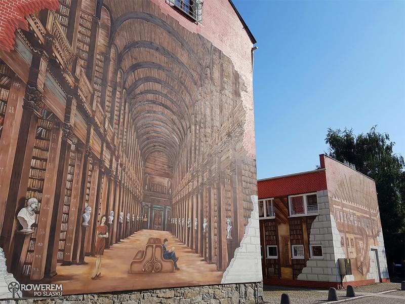 Mural na budynku biblioteki w Ustroniu