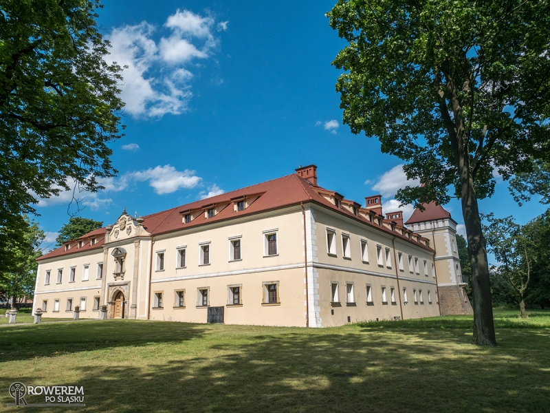 Zamek w Starych Tarnowicach