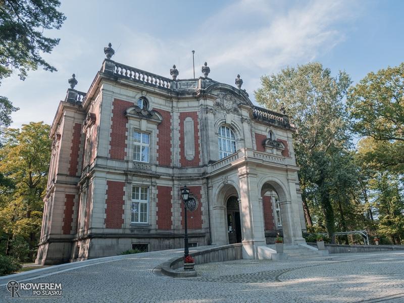 Pałac Kawalera w Parku Świerklaniec