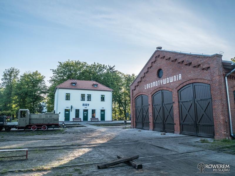 Stacja kolejki wąskotorowej w Rudach