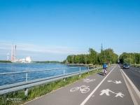 Droga rowerowa wzdłuż jeziora Rybnickiego