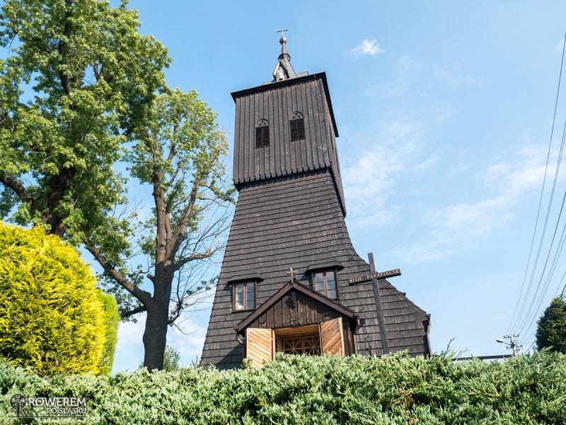 Drewniany kościół w Gołkowicach