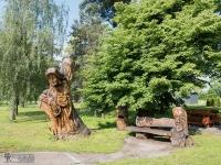 Park w Godowie z rzeźbą Utopca
