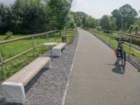 Wjazd na drogę rowerową po nasypie rowerowym z Godowa do Jastrzębia-Zdroju
