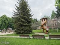 Plac zabaw la dzieci w Parku Bożeny Nemcovej