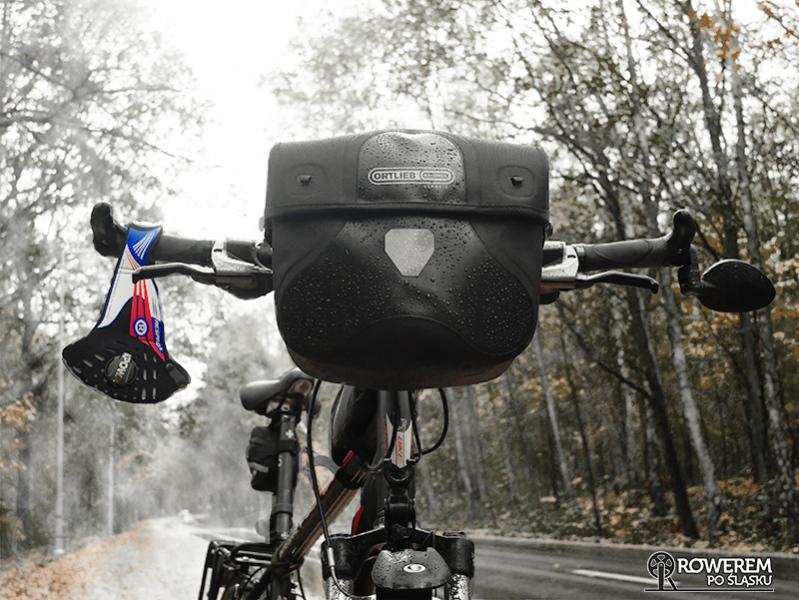 Rower i smog