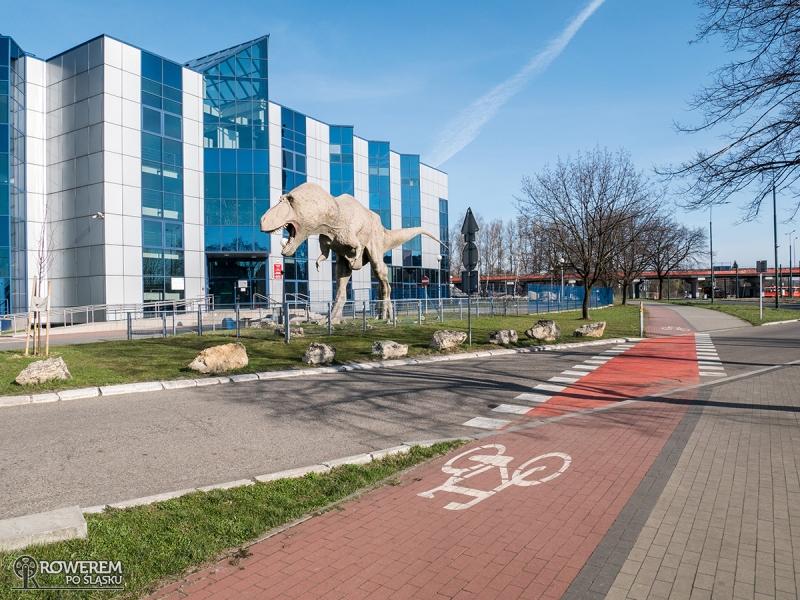 Dinozaur przed Żyletą w Sosnowcu