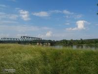 Nieczynny most kolejowy nad Odrą
