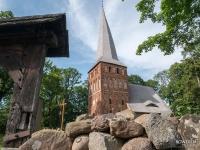 Gotycki kościół w Iwęcinie