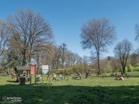 Duży plac zabaw w parku Świerklaniec