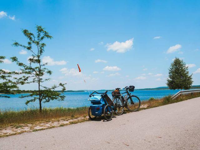 #roweremposlasku #rowerempośląsku #śląskie #slaskietravel #travel #trip #podrozezdzieckiem #podróżemałeiduże #wycieczka #wycieczkarowerowa #pogoria #natura #naturalovers #thule #dzieciakiwplecaki #family #familytime #rower #rowerowo #rowerowelove #bike #bikelife #sunday #photography