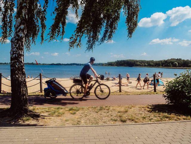 #rowerempośląsku #roweremposlasku #slaskie #slaskietravel #travel #podróżemałeiduże #podrozezdzieckiem #trip #tripbike #wycieczka #wycieczkarowerowa #pogoria #sun #plaża #sciezkarowerowa #drogarowerowa #naszapolska #natura #naturalovers #family #thule #dzieciakiwplecaki #rowerowo #rower #bikelife