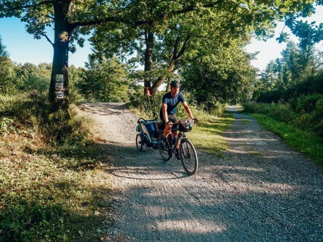 #rowerempośląsku #roweremposlasku #slaskietravel #slaskienarowerze #ustroń #śląsk #travel #trip #wycieczka #wycieczkarowerowa #roweremzdzieckiem #naszapolska #polskajestpiekna #wislanatrasarowerowa #rowerowo #bikelife #thule #dzieciakiwplecaki #yellowcycling #podróżemałeiduże #podróżerowerowe #podrozezdzieckiem #szlakrowerowy #summer2021